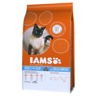 Iams Proactive Health Adult Cat with Fish & Chicken Dry Cat Food