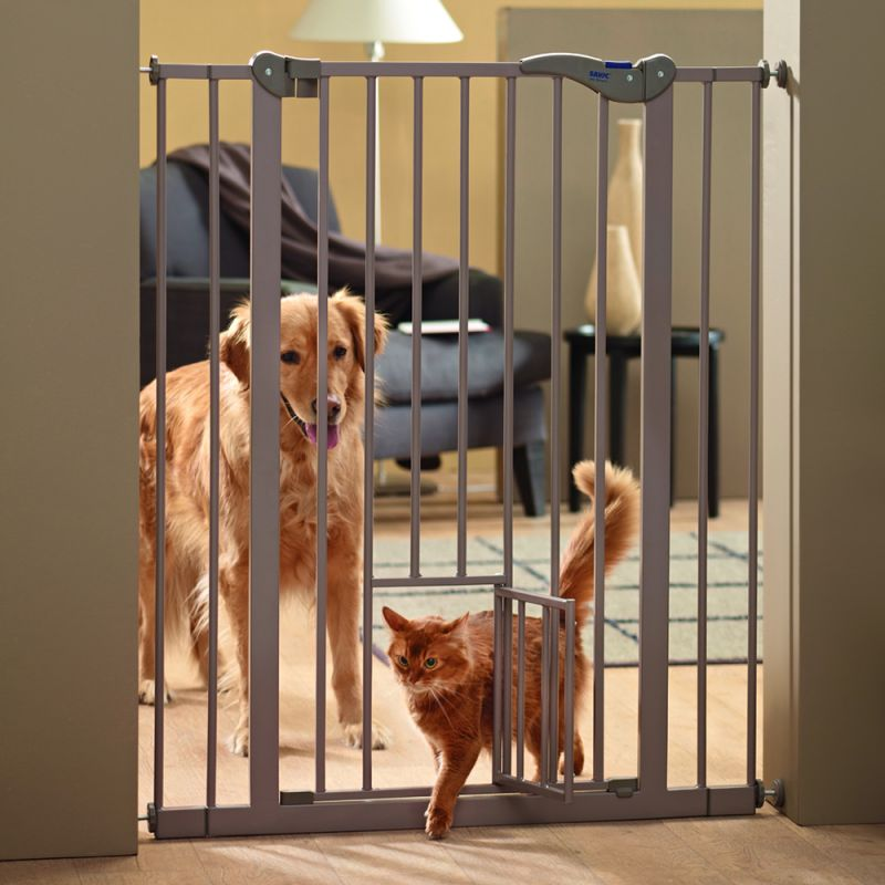Savic Dog Barrier 2 With Cat Door | Free Pu0026P £29+ At Zooplus!